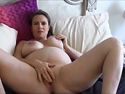 Mature preggo wife opens up her body and masturbates