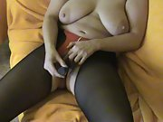 Busty deutsch amateu milf linda pussy play with massager climax